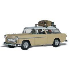 Station wagon gepakt voor vakantie - Woodland scenics AS5525 HO auto