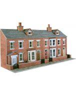 Bouwpakket HO/OO: Half relief rijtjeshuizen voorkant - rood baksteen - Metcalfe - PO274
